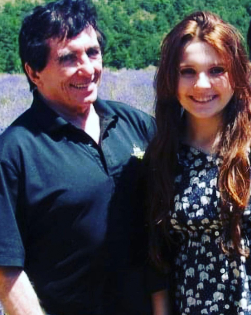 Abigail Breslin and her father