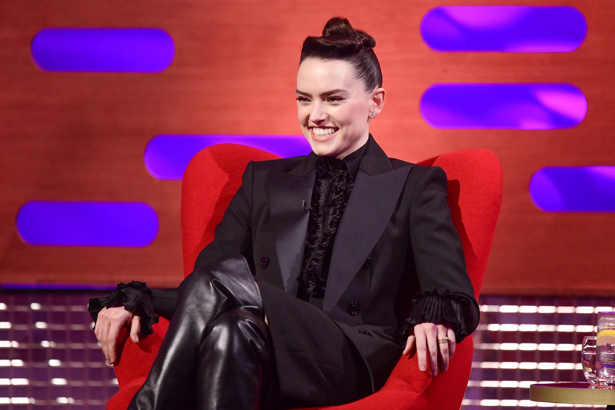 Daisy Ridley, Bryan Cranston, Chiwetel Ejiofor, Vicky McClure and Imelda May on The Graham Norton Show