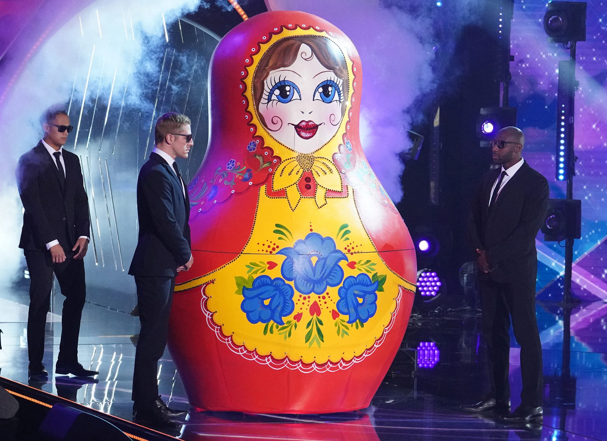THE MASKED SINGER, Russian Doll
