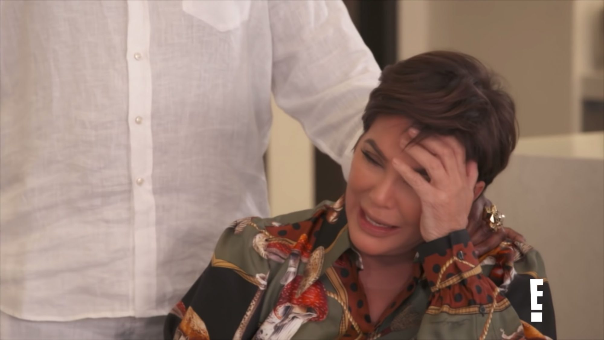 Kris Jenner Breaks Down While Discussing the end of KUWTK