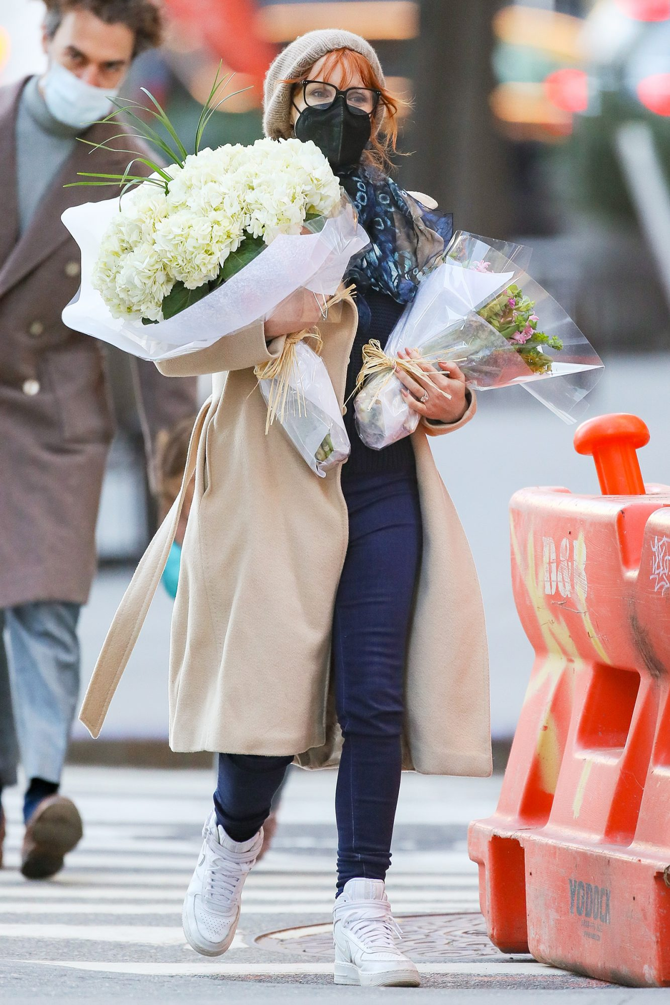 Jessica Chastain Has Her Hands Full Of Flowers In New York City