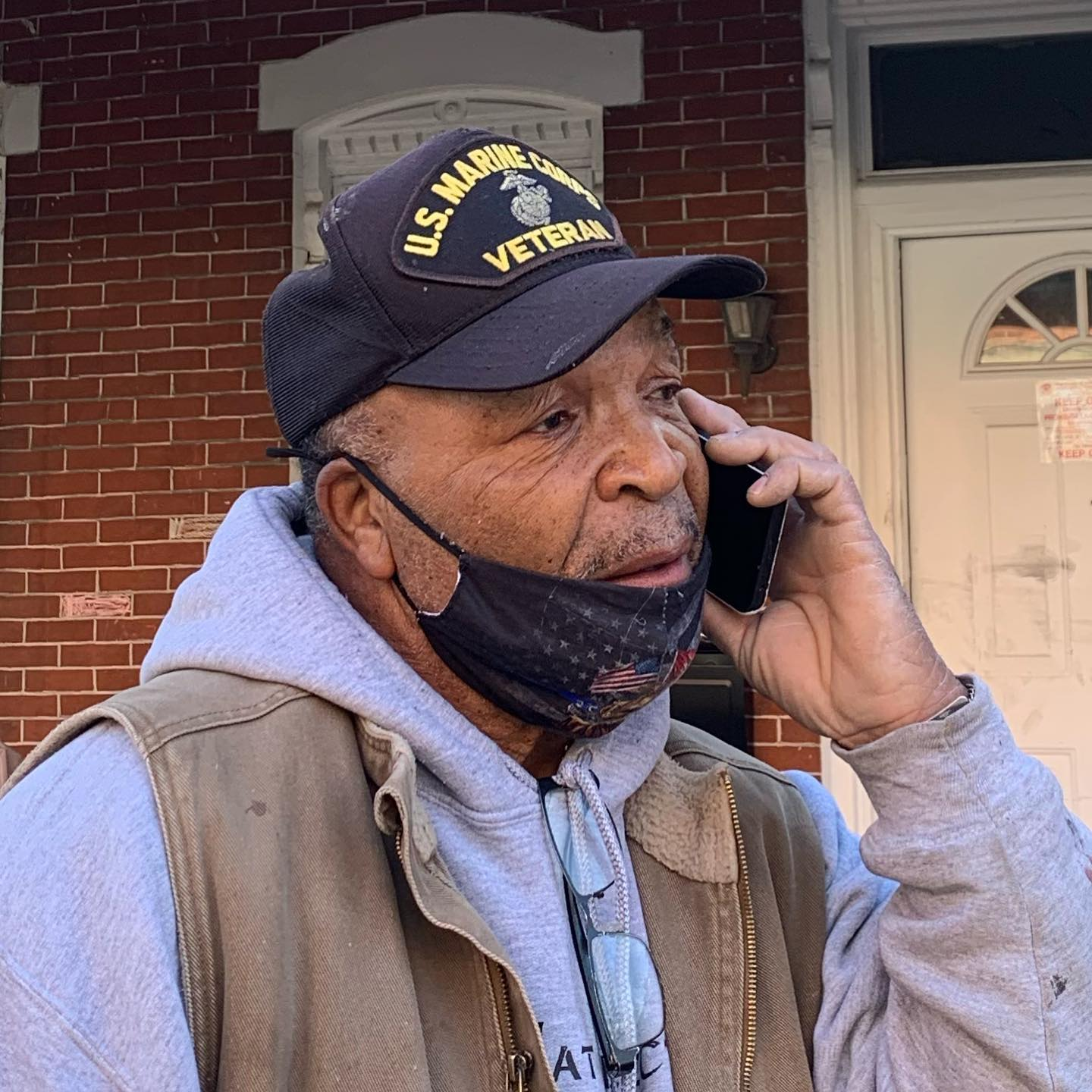 70-Year-Old Veteran with Lung Issues Enters Burning Home to Rescue Neighbor from Fire