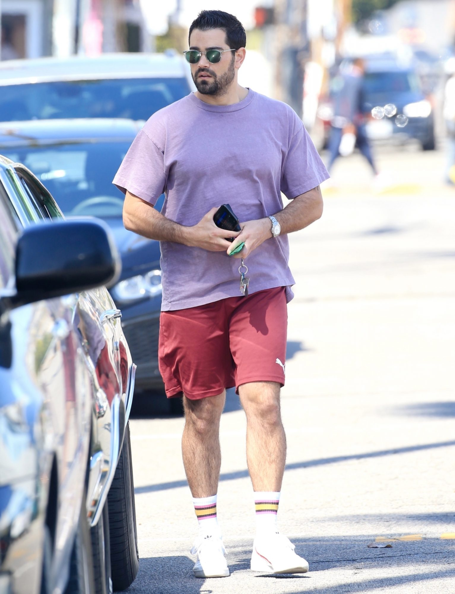 Jesse Metcalfe runs errands in WeHo riding around in his vintage Chevy!