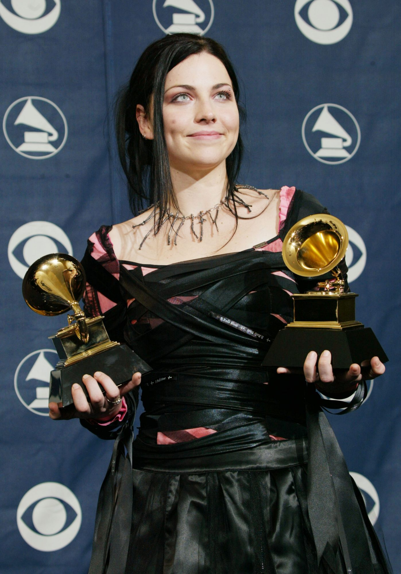 amy lee of evanescence in 2004