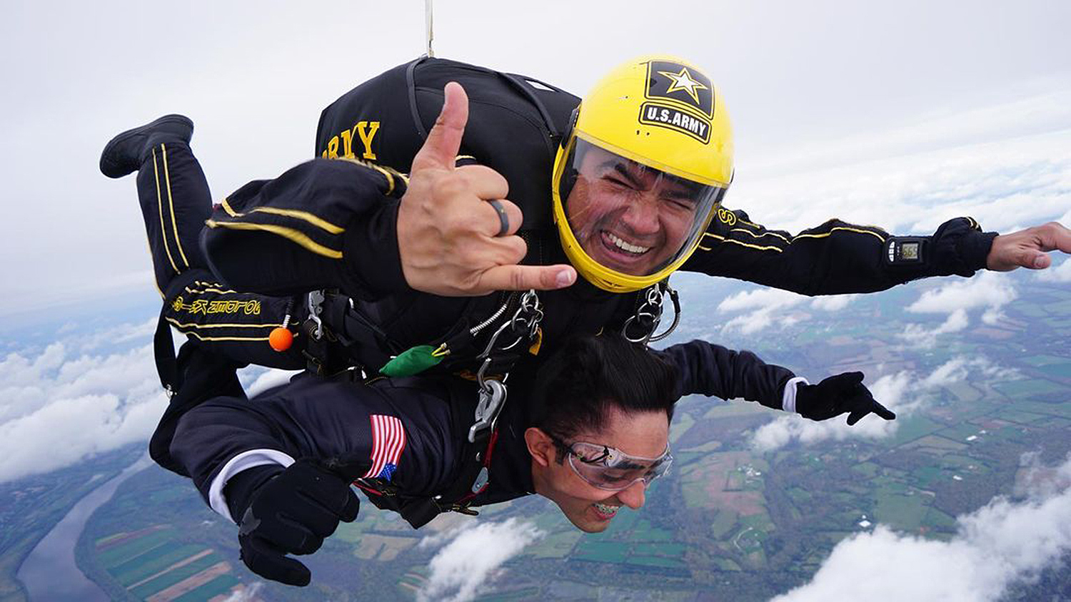 teen skydives with army