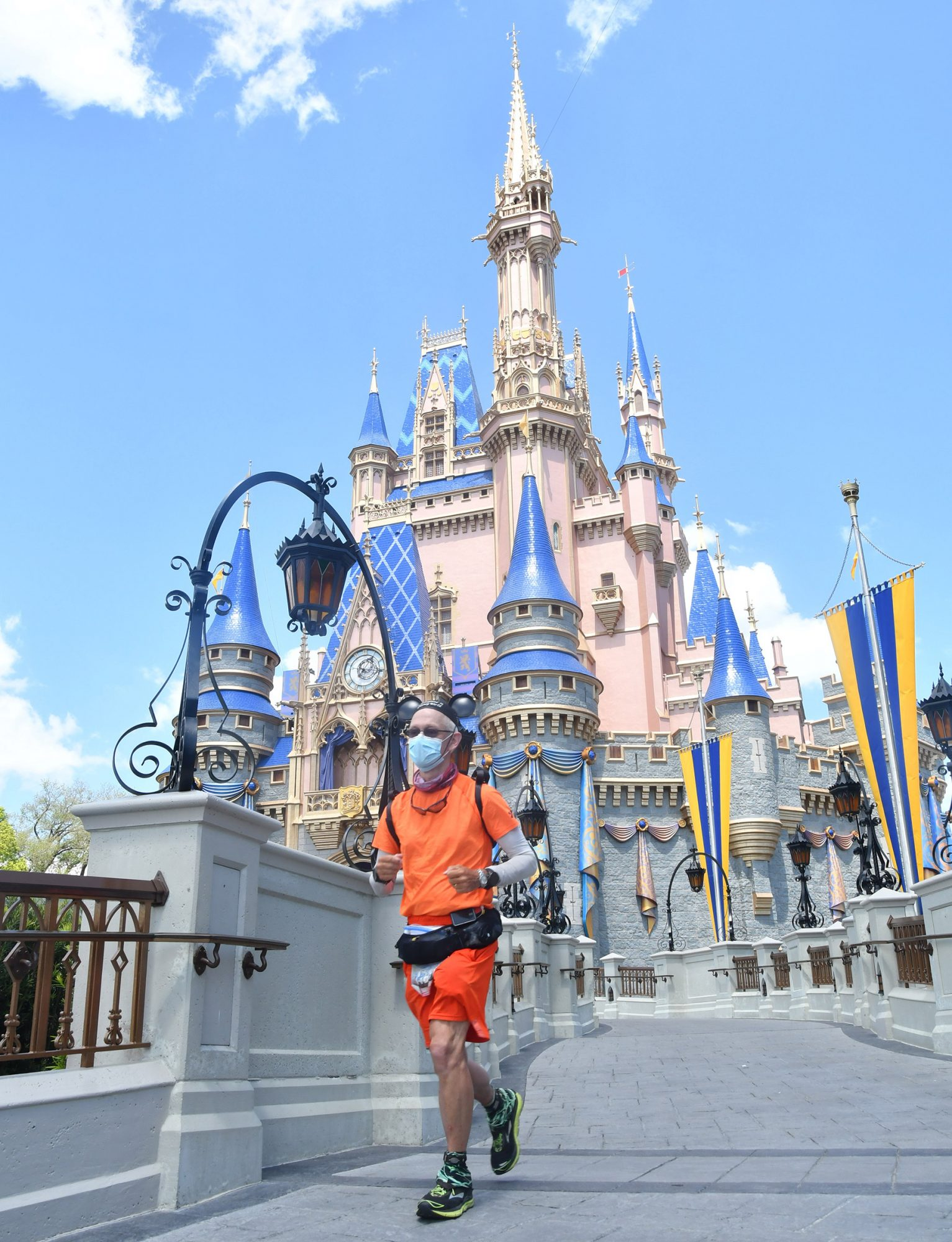 Don Muchow Becomes First Person to Run from Disneyland to Disney World to Prove His Diabetes Doesn't Hold Him Back