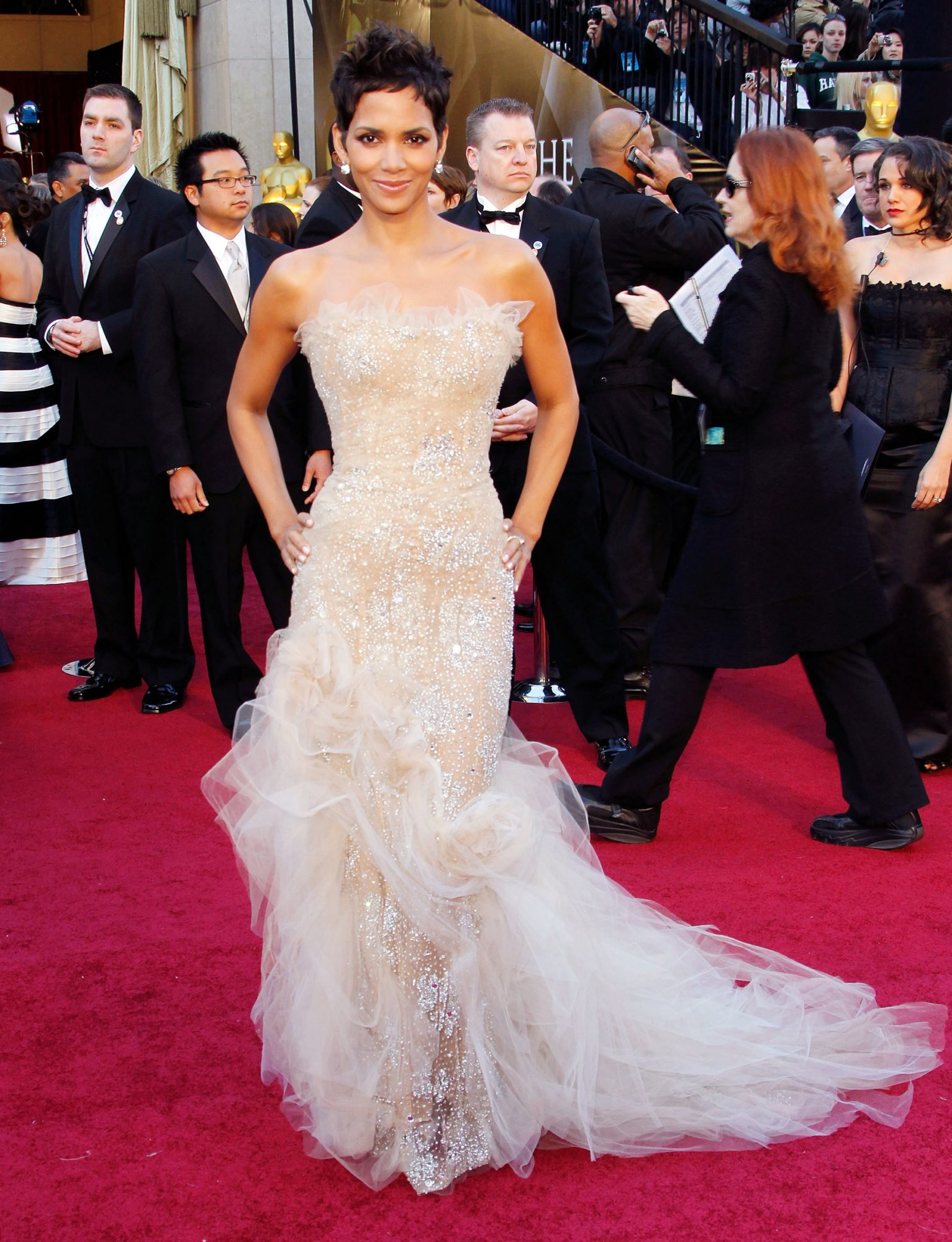 2011 Academy Awards, Halle Berry