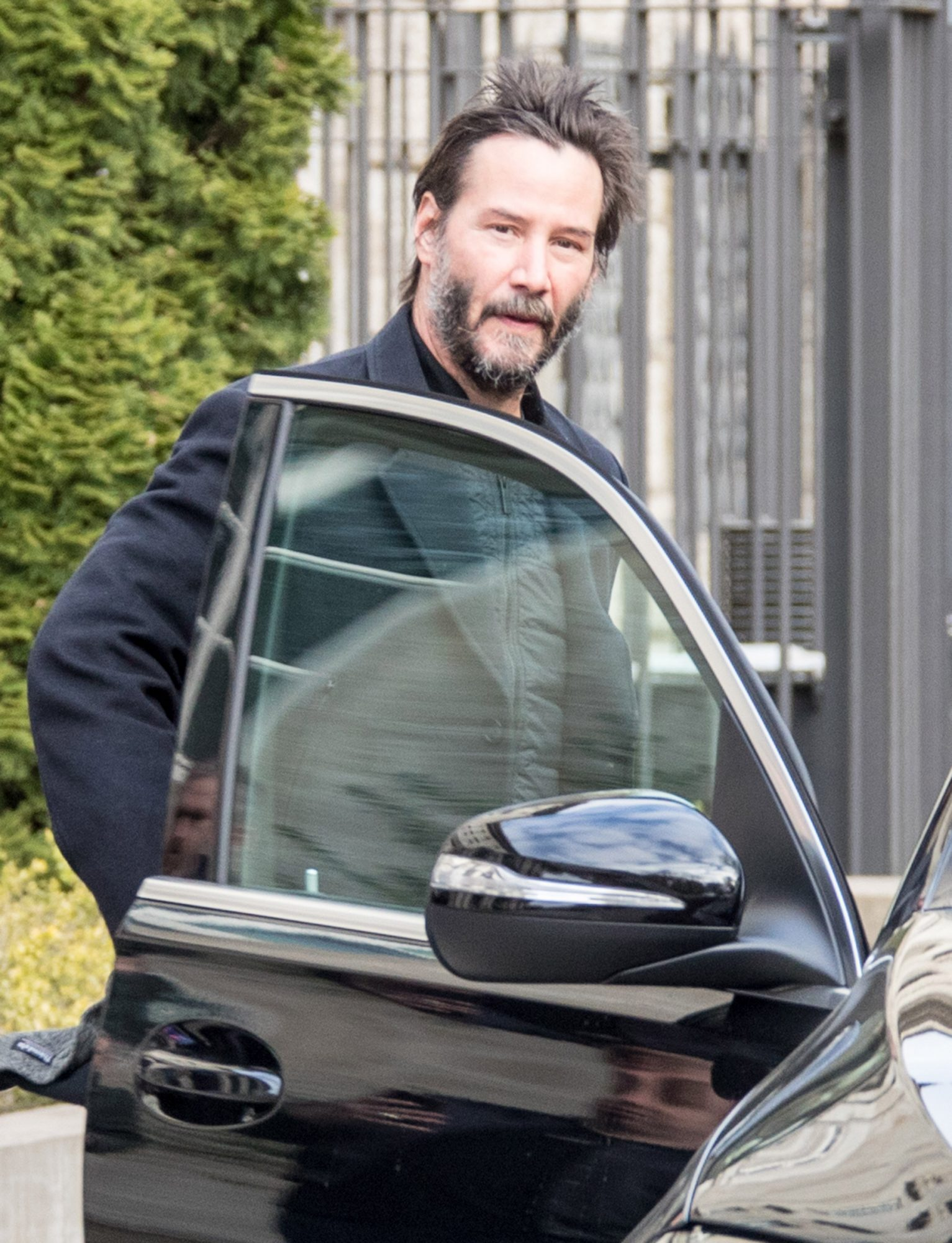 Keanu Reeves Telling His Waiting Fans That He Won't Sign Autographs And Won't Be Available For A Selfie Or Other Photos When He Leaves His Hotel In Berlin, Germany