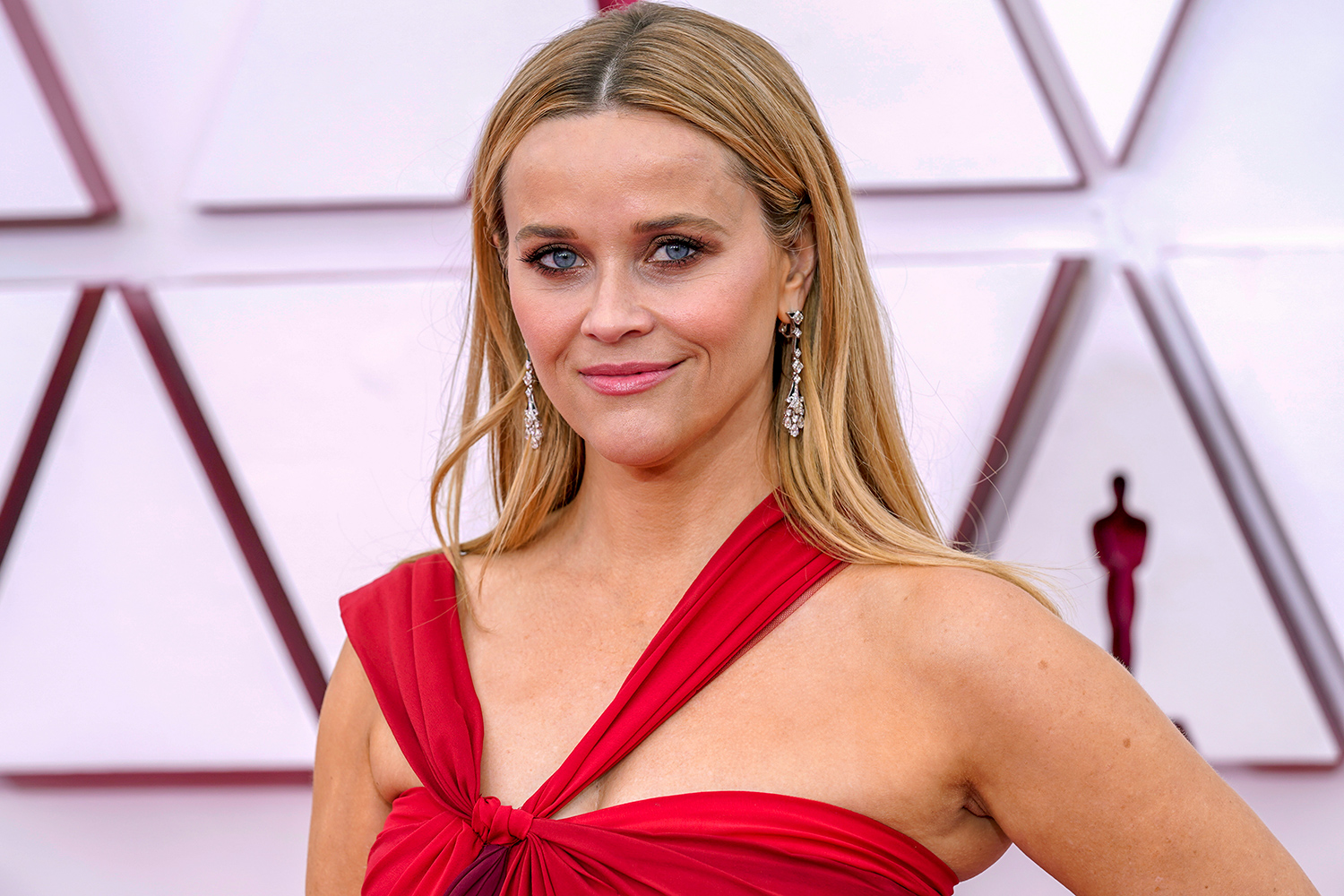 Reese Witherspoon Oscars skin