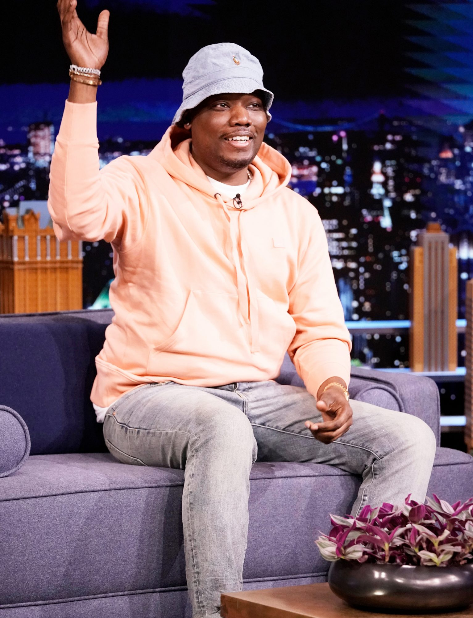 THE TONIGHT SHOW STARRING JIMMY FALLON -- Episode 1450 -- Pictured: Comedian Michael Che during an interview on Tuesday, April 27, 2021