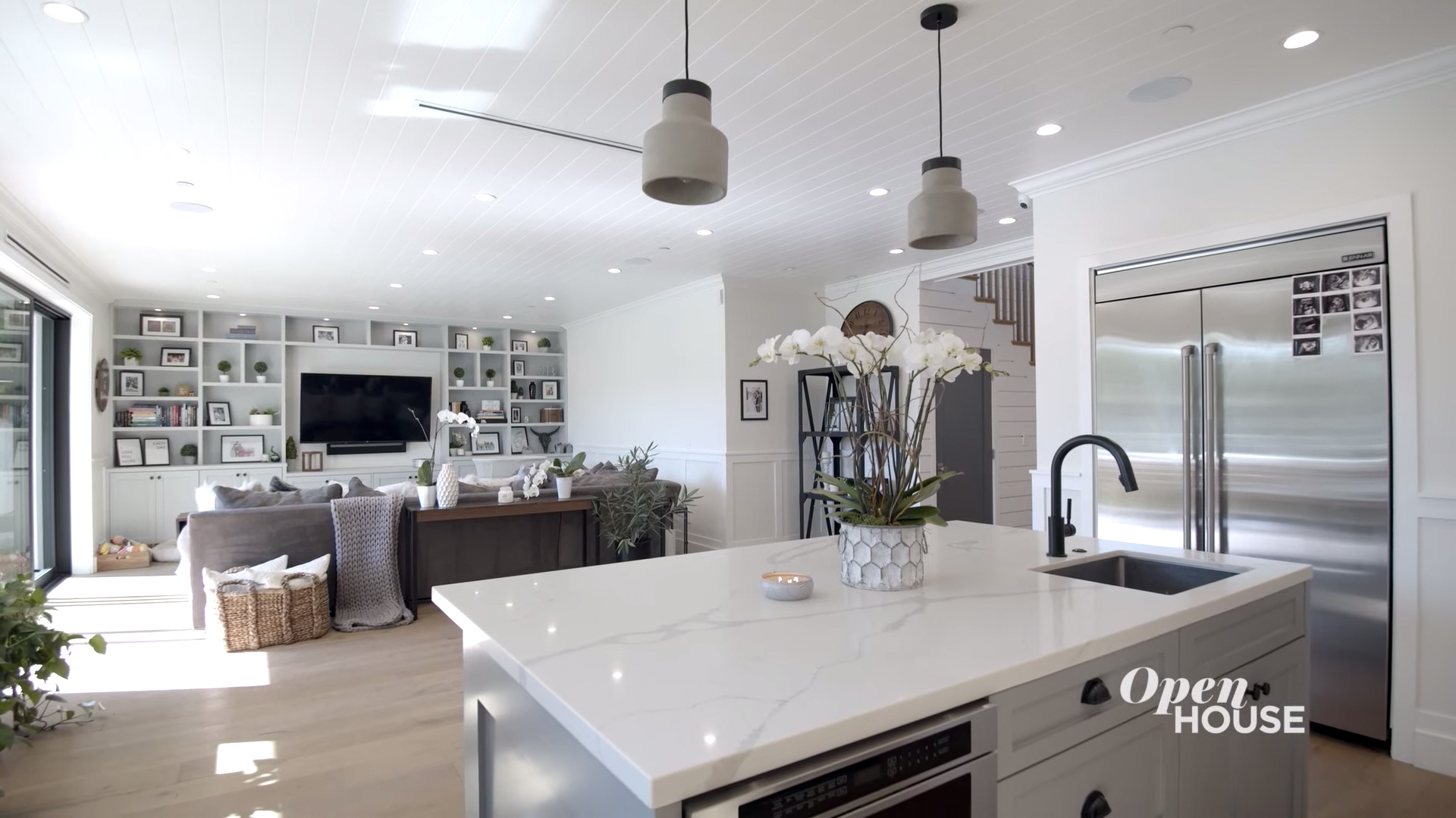 """Jax Taylor and Brittany Cartwright (""""Vanderpump Rules"""") Take Us Through Their LA Home on Open House"""