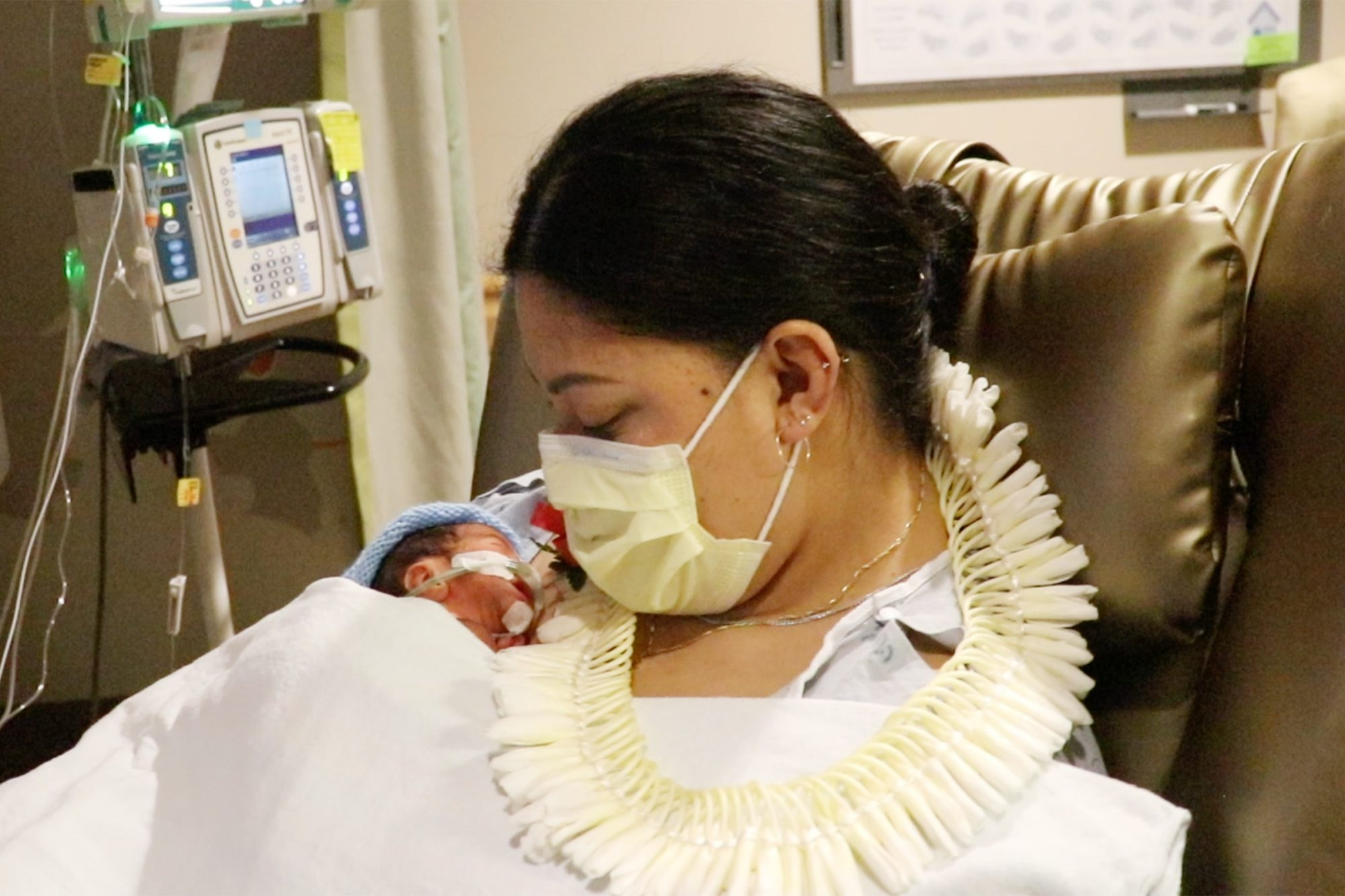 "Newborn baby Raymond Mounga has some new aunties and an uncle for life, according to mom Lavinia ""Lavi"" Mounga, who unexpectedly delivered Raymond on a Delta Airlines flight from Salt Lake City, Utah, to Honolulu on Wednesday, April 28"