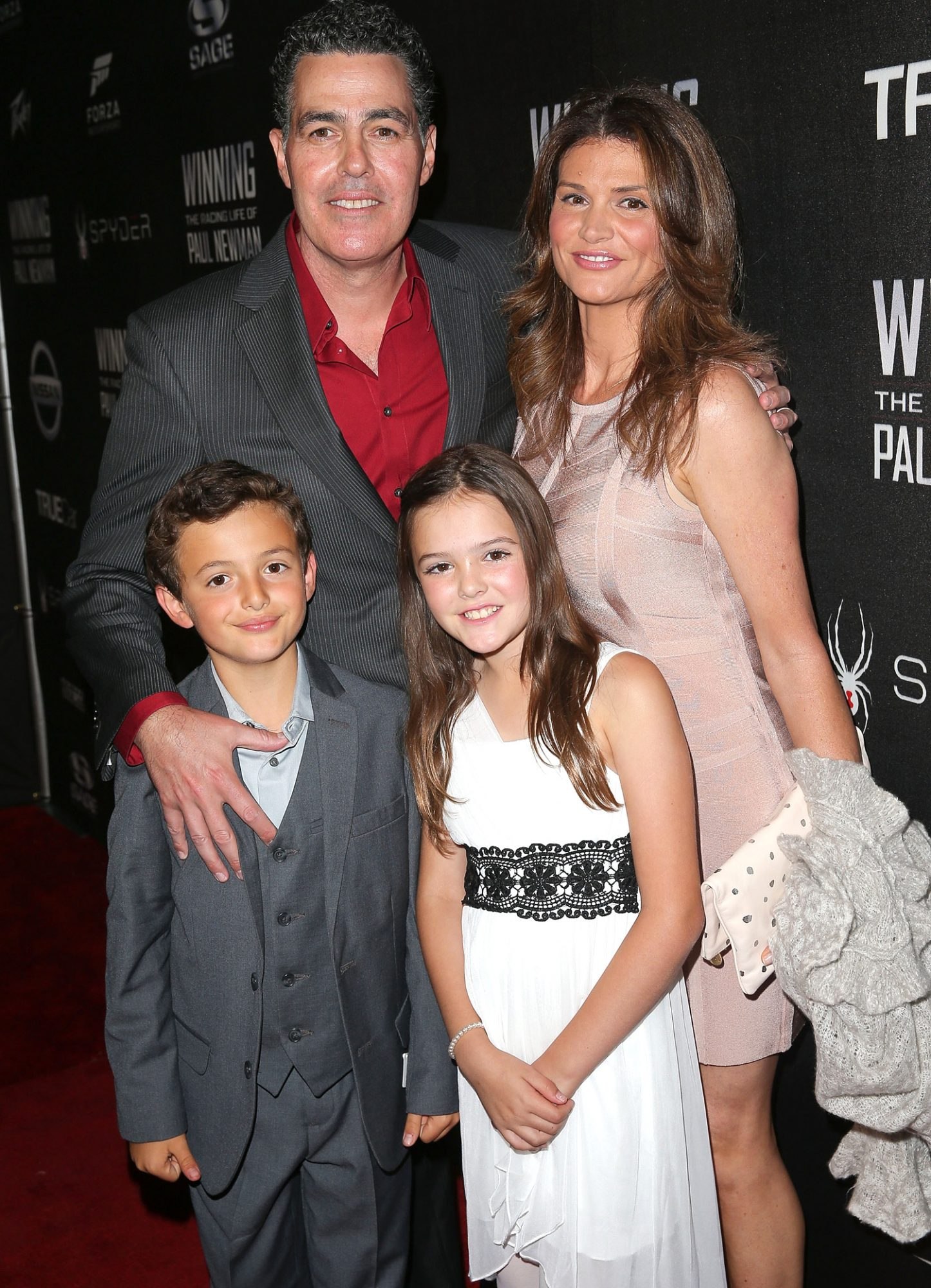 Adam and Lynette Carolla with their kids in 2015