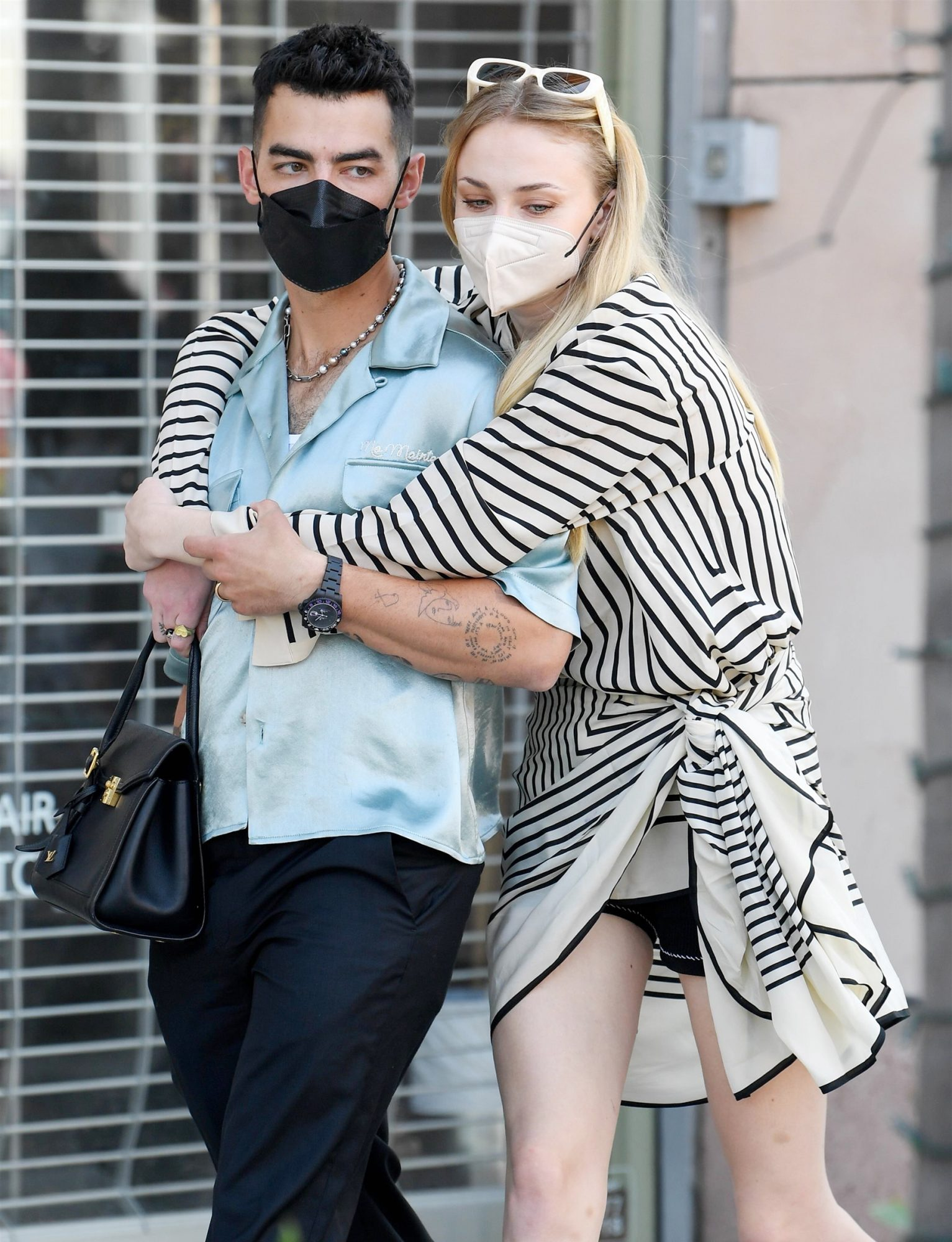 Joe Jonas takes Sophie Turner and his mom Denise on a Mother's Day shopping trip in Beverly Hills