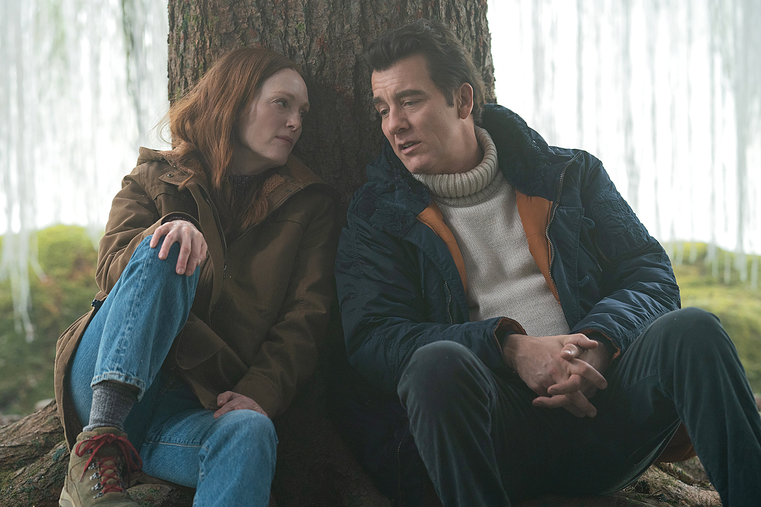 """Julianne Moore and Clive Owens in """"Lisey's Story,"""""""