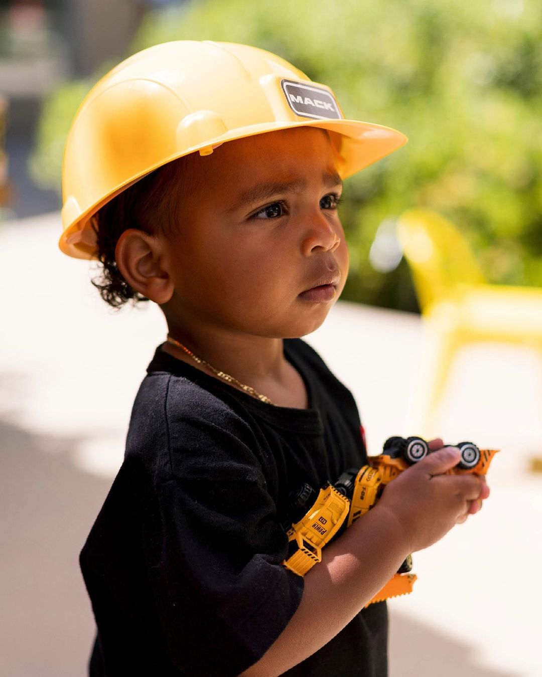 Kim Kardashian Throws Construction-Themed Birthday Party for Psalm |  PEOPLE.com