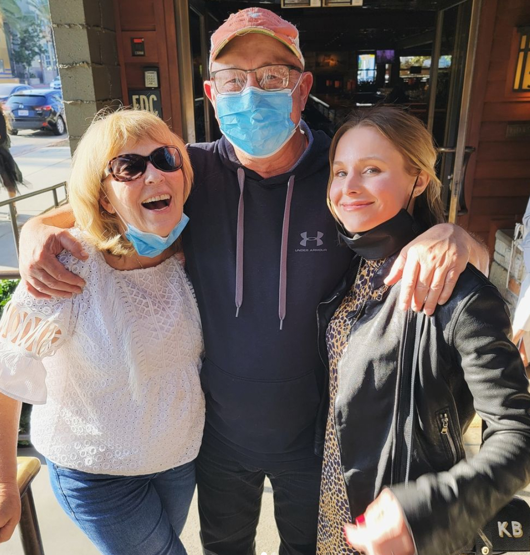 Kristen Bell and parents