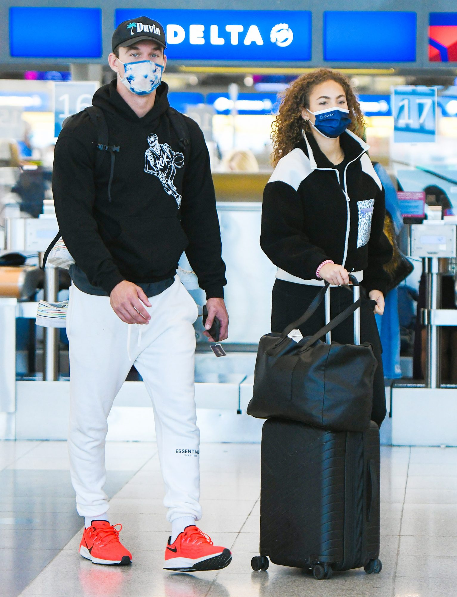 Tyler Cameron and Girlfriend Camila Kendra Catch a Flight Out of New York City.