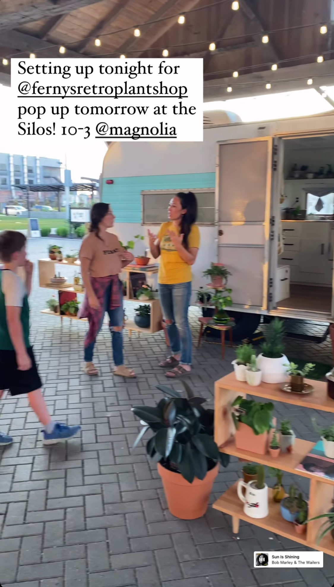 joanna-gaines-sister-mikey-fernys-pop-up-magnolia