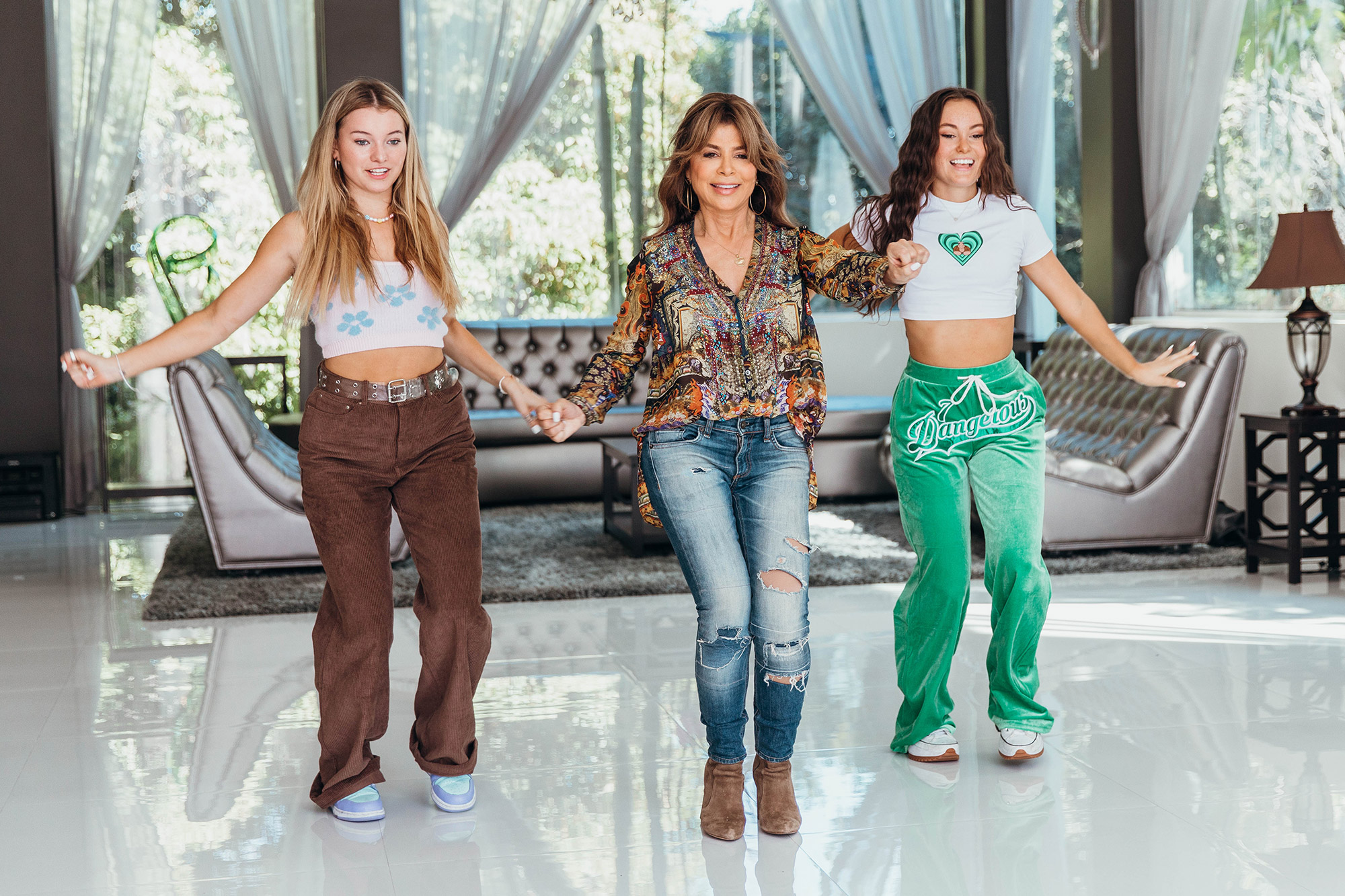 Paula Abdul returned to @TheClubhouseBH, a Beverly Hills content mansion operated by Clubhouse Media Group to join the @DanceDomeLA squad and record a few dances for their collective TikTok and Instagram channels.