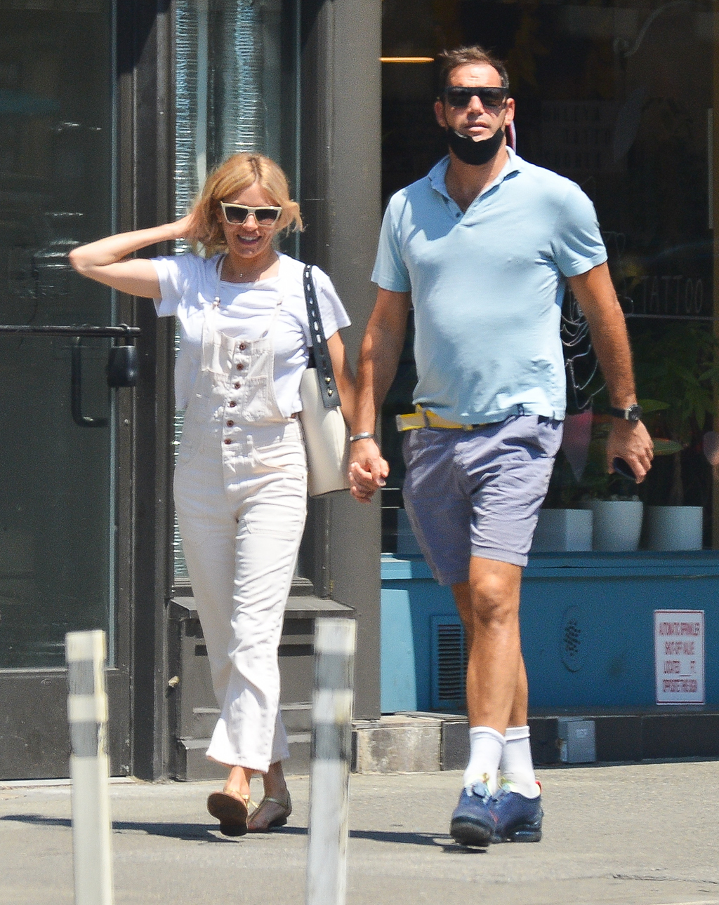 Sienna Miller is Pictured Holding Hands With New Businessman Boyfriend Archie Keswick in New York City.