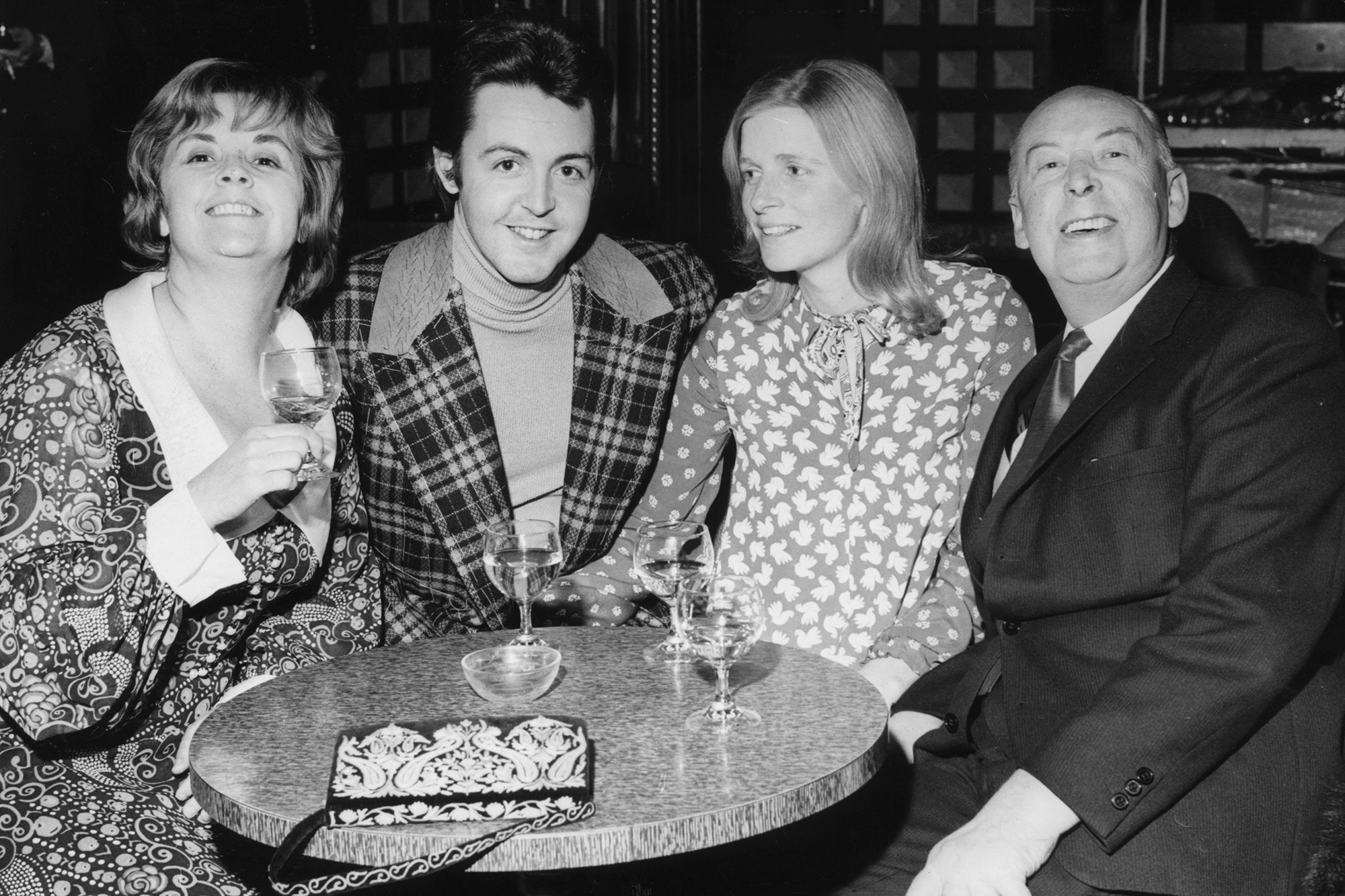 9th November 1971: Former Beatle Paul McCartney with his wife Linda (1941 - 1998), his father James and his stepmother Angela.