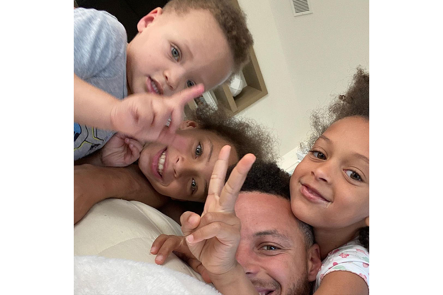 celebs at home Steph Curry