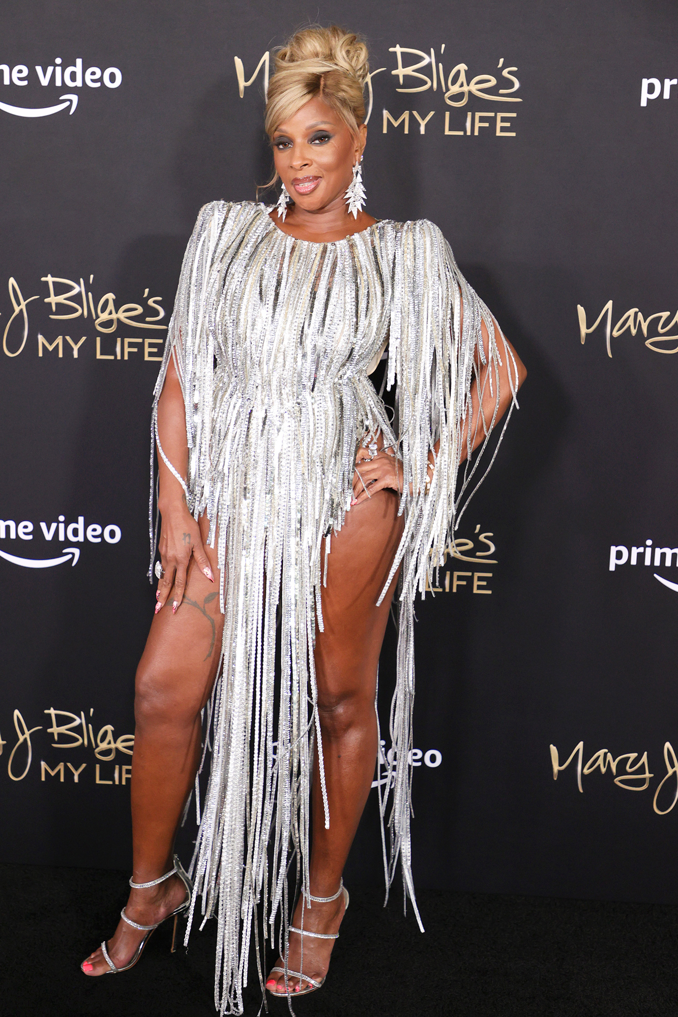 """Mary J. Blige attends the """"Mary J Blige's My Life"""" New York Premiere at Rose Theater, Jazz at Lincoln Center on June 23, 2021 in New York City"""