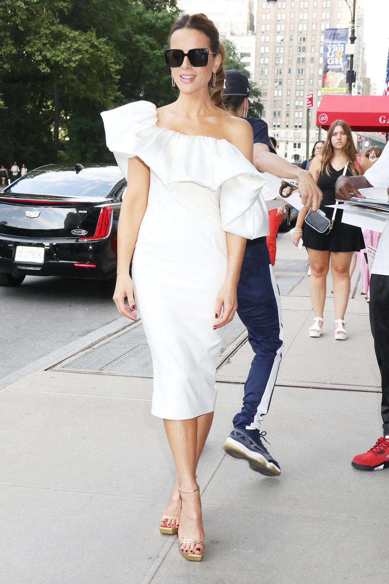 Kate Beckinsale arriving back from The Tonight Show Starring Jimmy Fallon in New York City on July 22, 2021
