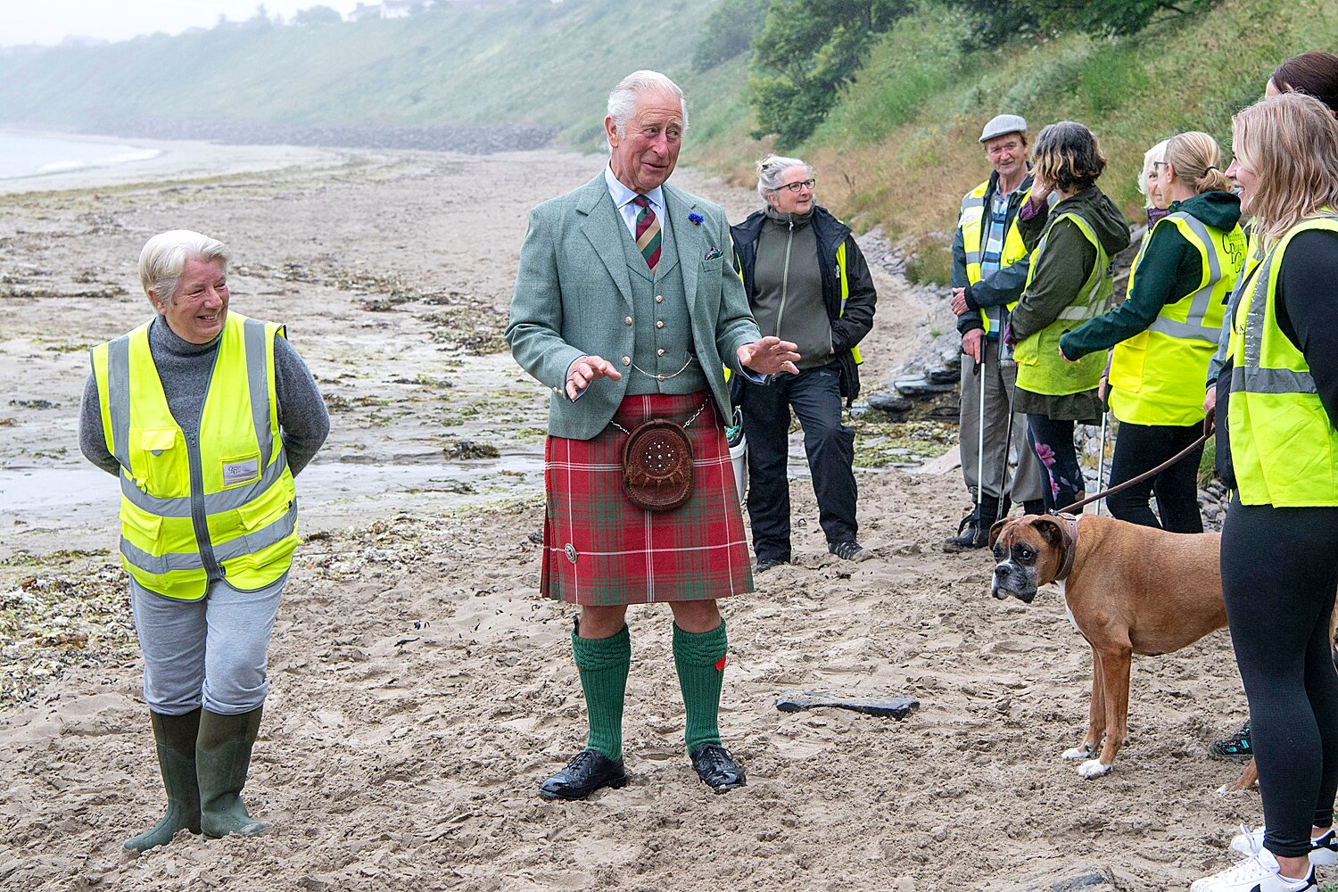 Prince Charles Just Wore a Kilt to the Beach — See His Seaside Tartan! |  PEOPLE.com