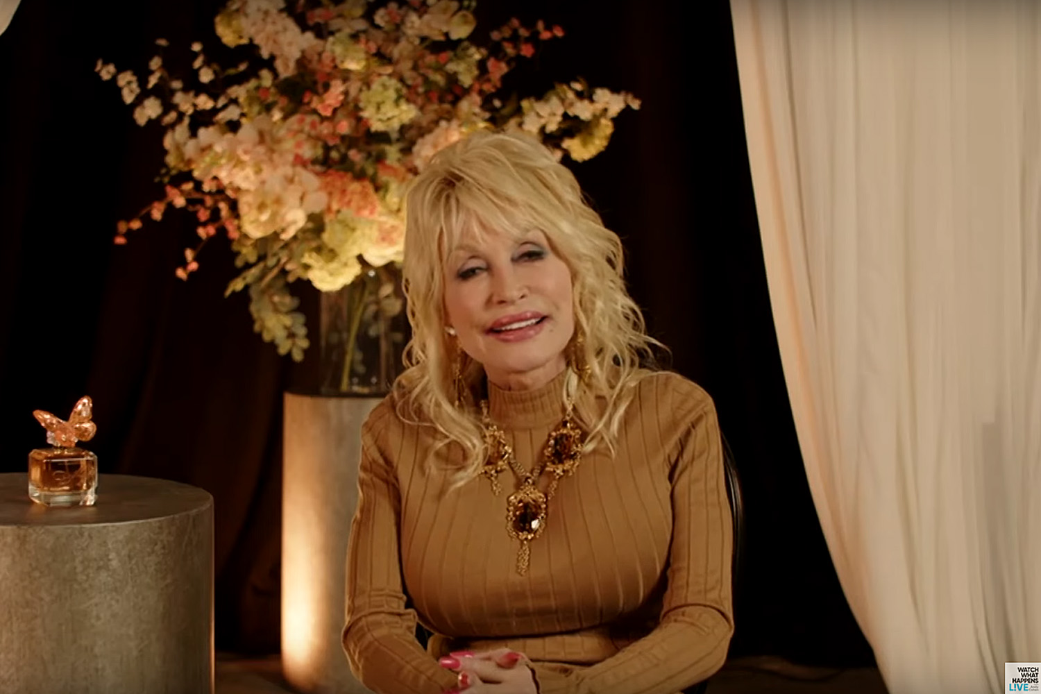Does Dolly Parton Stay So Positive?