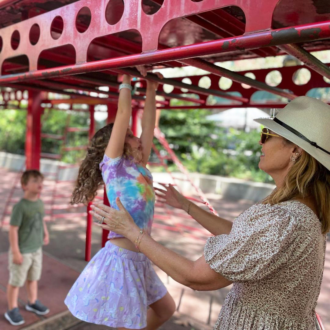 Savannah Guthrie Returns Home to Kids After Covering Tokyo Olympics