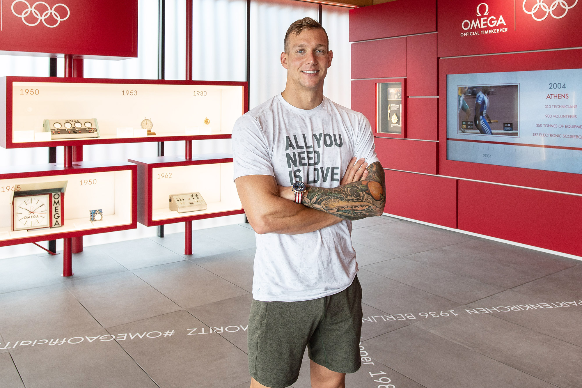 OMEGA Ambassador Caeleb Dressel, Star of Tokyo 2020 and recent addition to the OMEGA family Caeleb Dressel visits OMEGA Showcasing in Tokyo