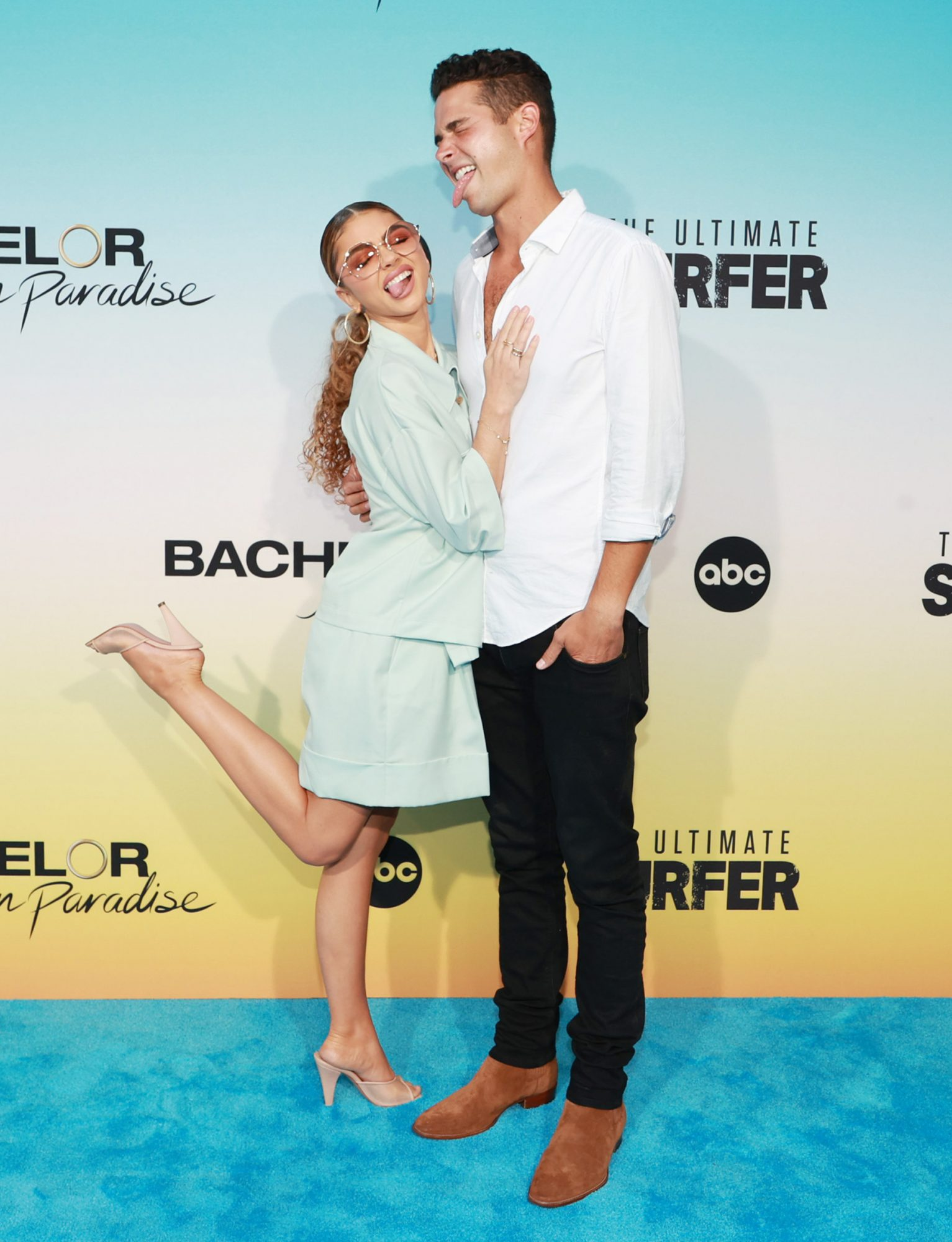 """Sarah Hyland and Wells Adams attend ABC's """"Bachelor In Paradise"""" And """"The Ultimate Surfer"""" Premiere at Fairmont Miramar - Hotel & Bungalows on August 12, 2021 in Santa Monica, California"""