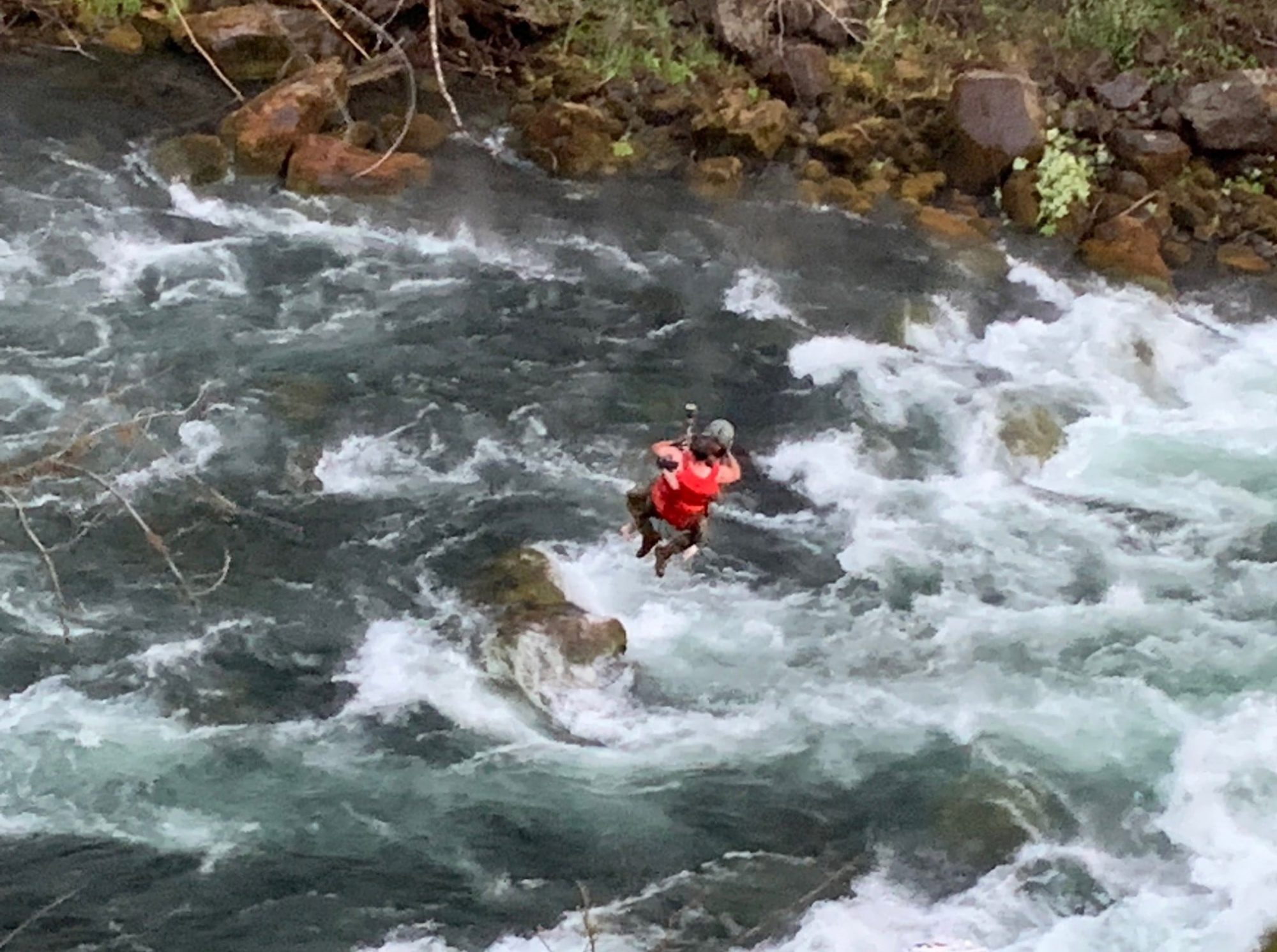 Yesterday Salem Fire Department crews responded for Mutual Aid with some great partners Clackamas Fire, Tualatin Valley Fire and Rescue, Oregon National Guard - Oregon Military Department, and several others! The combined effort resulted in the rescue of five people from the Santiam River. The teams used swift water rescue, rescue swimmers, rope rescue, and air support to rescue these people.