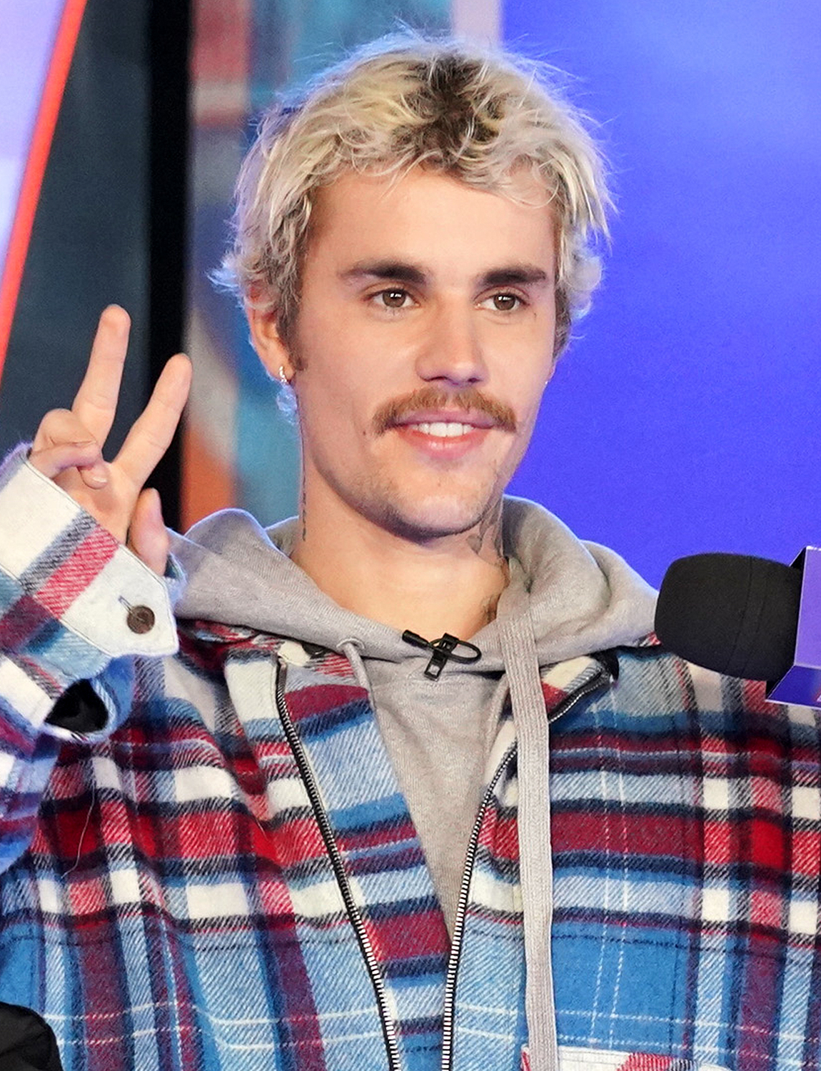 """NEW YORK, NEW YORK - FEBRUARY 07: Justin Bieber appears onstage at MTV's """"Fresh Out Live"""" on February 07, 2020 in New York City."""