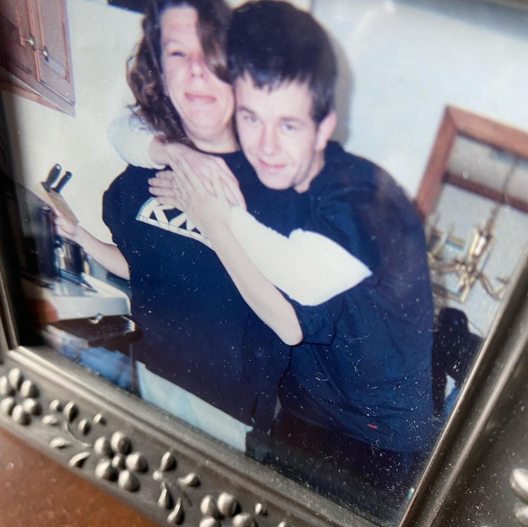 mark wahlberg and late sister