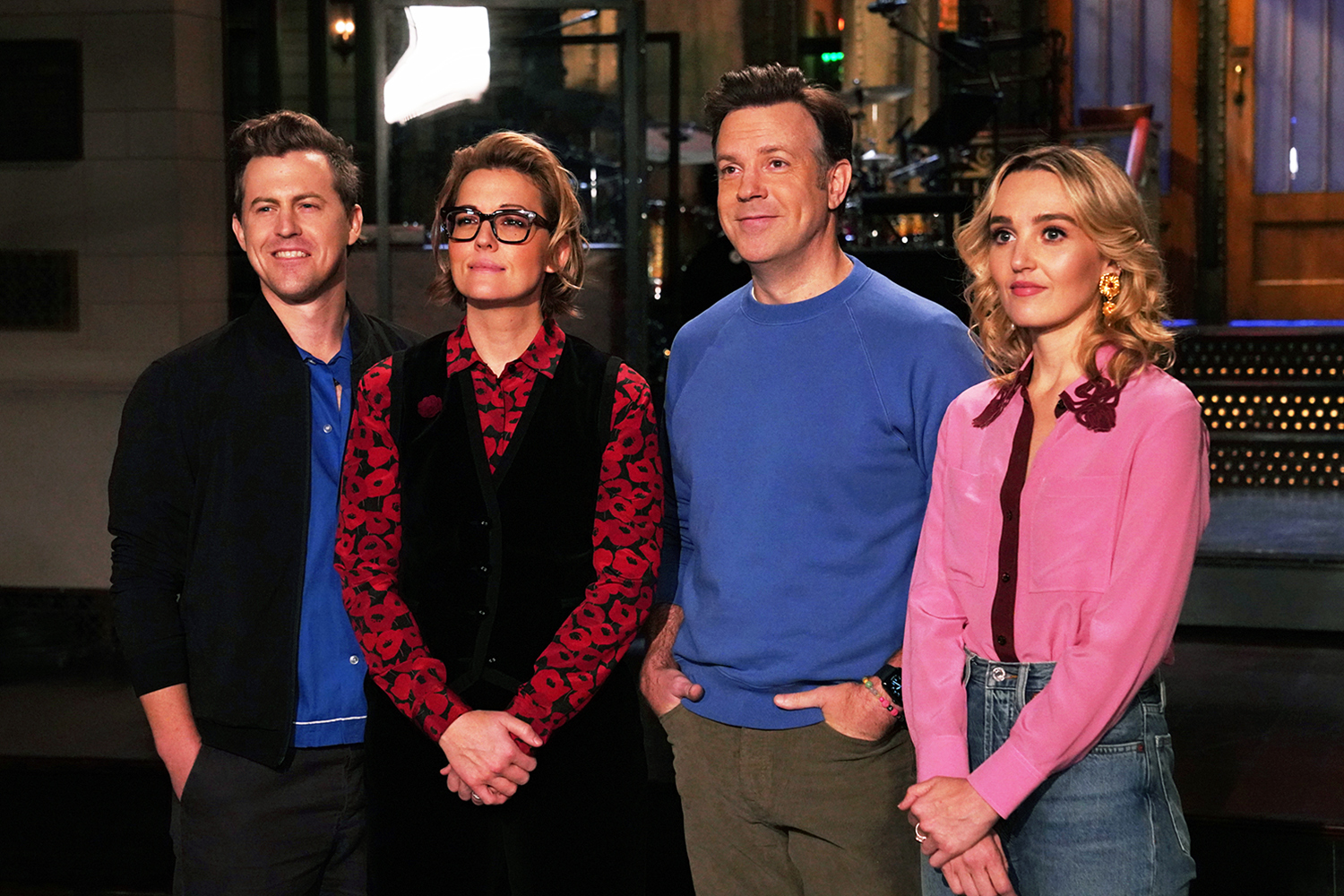 """SATURDAY NIGHT LIVE """"Jason Sudeikis"""" Episode 1809 Pictured: (l-r) Alex Moffat, musical guest Brandi Carlile, host Jason Sudeikis, and Chloe Fineman during Promos in Studio 8H on Thursday, October 21, 2021."""
