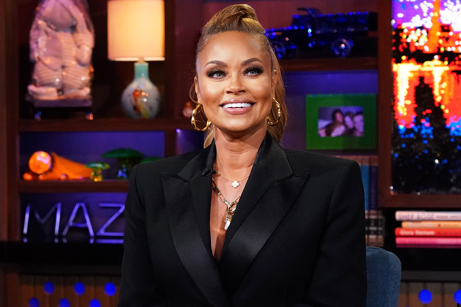 WATCH WHAT HAPPENS LIVE WITH ANDY COHEN Episode 18158 Pictured: Gizelle Bryant