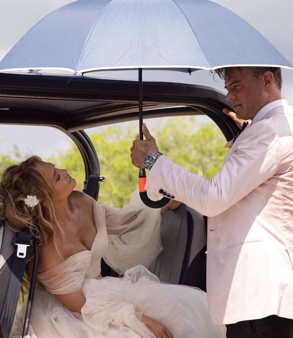 Jennifer Lopez and Josh Duhamel Shotgun Wedding