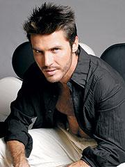 """""""Leonardo es galán y también es actor, tiene las dos virtudes"""", dice el productor Igor Manrique."""