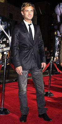(7) Jude Law