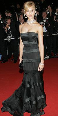 (5) Jessica Alba