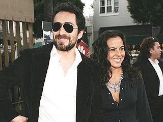 Demián Bichir y Kate del Castillo el lunes en Los Ángeles.