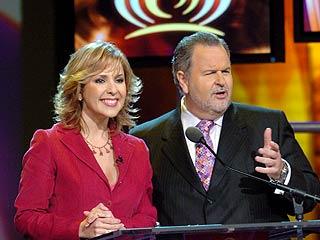 Los presentadores: Ana María Canseco y Raúl de Molina