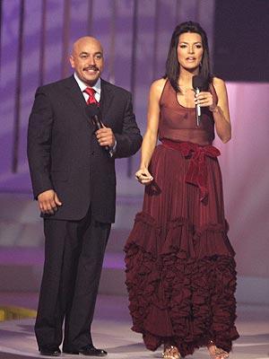 Candela Ferro, Lupillo Rivera, Billboard Latino, premios