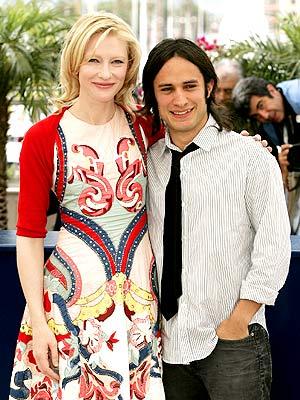 Gael García Bernal y Cate Blanchett en Cannes