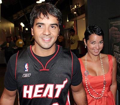 Luis Fonsi y Adamari Lopez