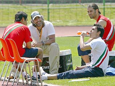 El Potrillo con parte de la selección mexicana.