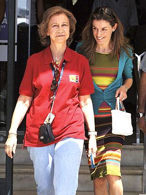 Reina Sofia y Princesa Letizia